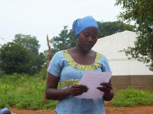 mujer chad leyendo manifiesto mgf