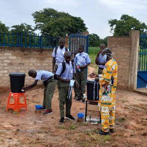 La vuelta al cole cole en el Instituto Politécnico de Kyabé
